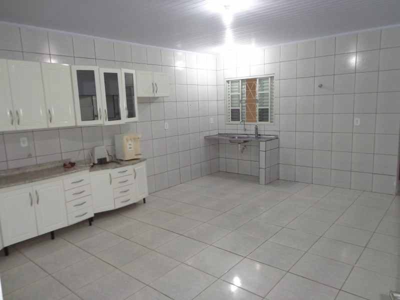 Qd 204 - Ótima casa com 2 quartos, sozinha no lote!