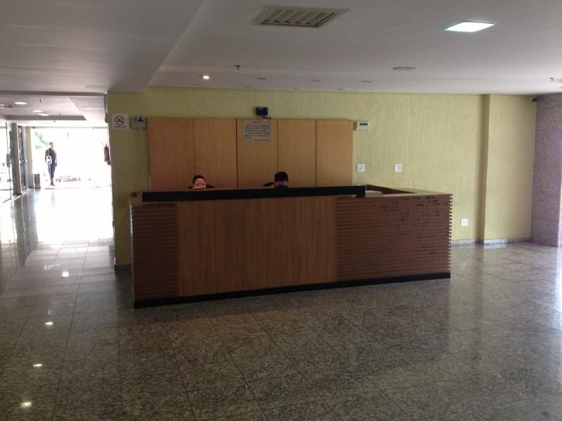 Sala comercial 27m2, mobiliada, ar condicionado e vaga de garagem, Asa Sul - DF