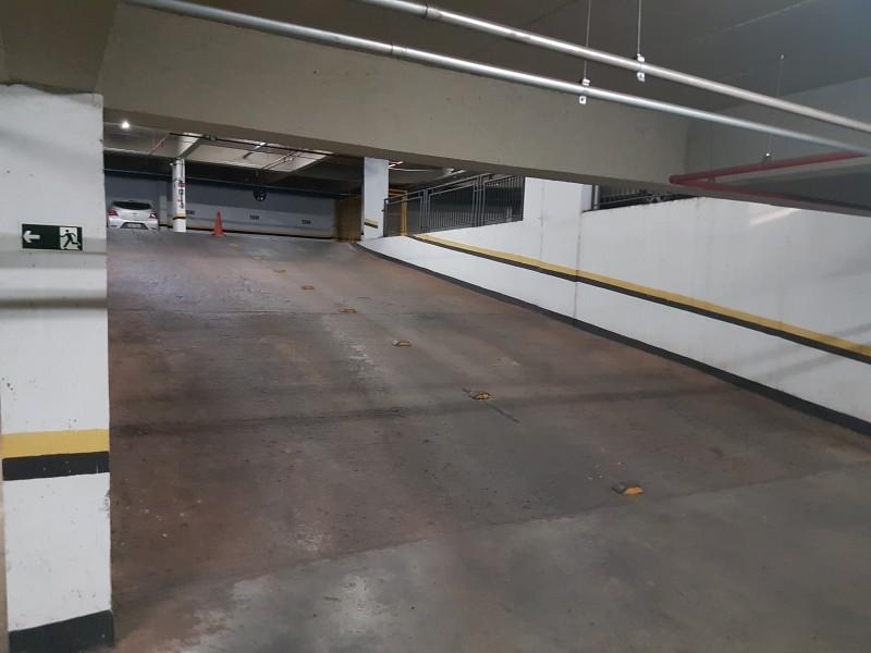 Chegou a sua vez! Vendo ótima Sala Comercial s416, 27m2, com vaga de garagem, Asa Sul DF