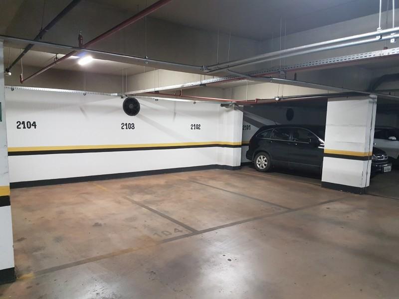 Sala comercial 27m2, nascente, vaga de garagem, Asa Sul - DF