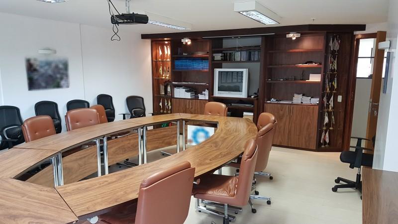 Espaço comercial 240m², Mobiliado, Asa Sul - DF