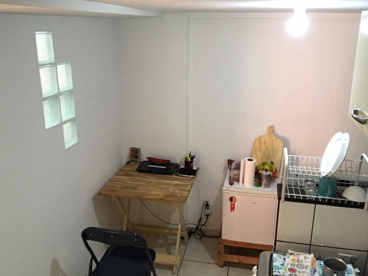 Vende-se ótima kit na 310 Asa Norte, 29 m²!