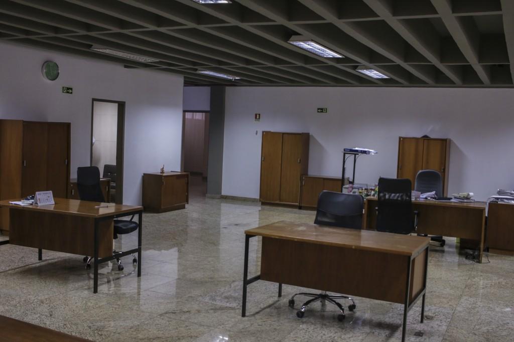 Prédio comercial, 2000m2, Setor de Autarquias Sul - DF