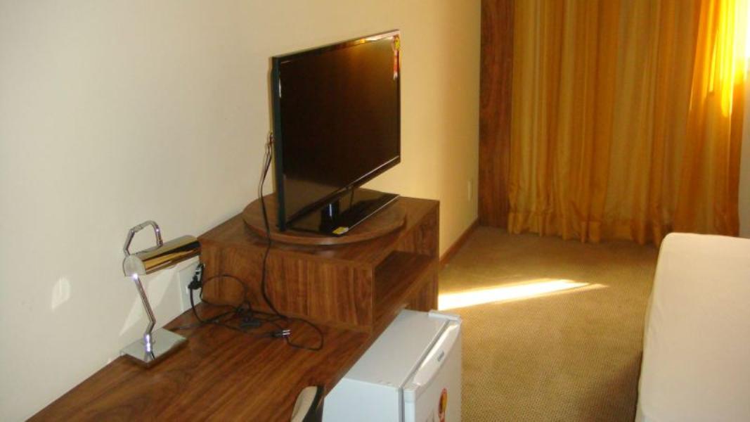 SETOR HOTELEIRO Hotel Days INN