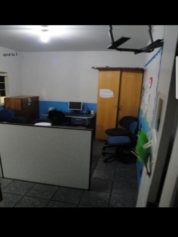 QE 14 CONJUNTO C, GUARÁ I. Casa de Esquina com potencial para comércio