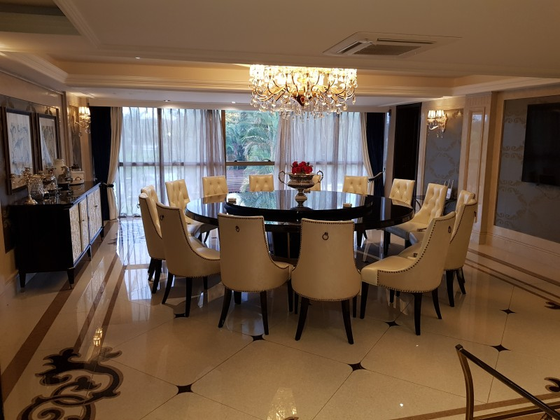 QL 06 Ponta de picolé mansão luxo elevador, novíssima, construída há três anos, ponta de picolé