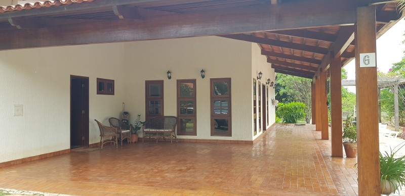 SMPW  Excelente casa lote de 2.500 m² + 20.000 m² de área verde