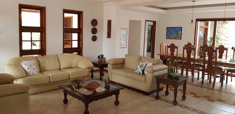 SMPW  Excelente casa lote de 2.500 m² e 20.000 m² de área verde