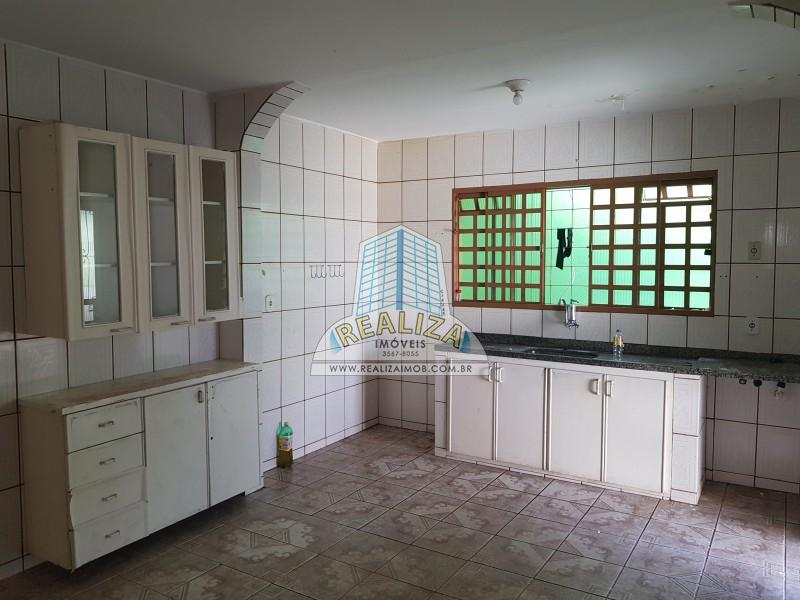 QNB 10 Casa com laje, terreno 350 m/2, 03 quartos