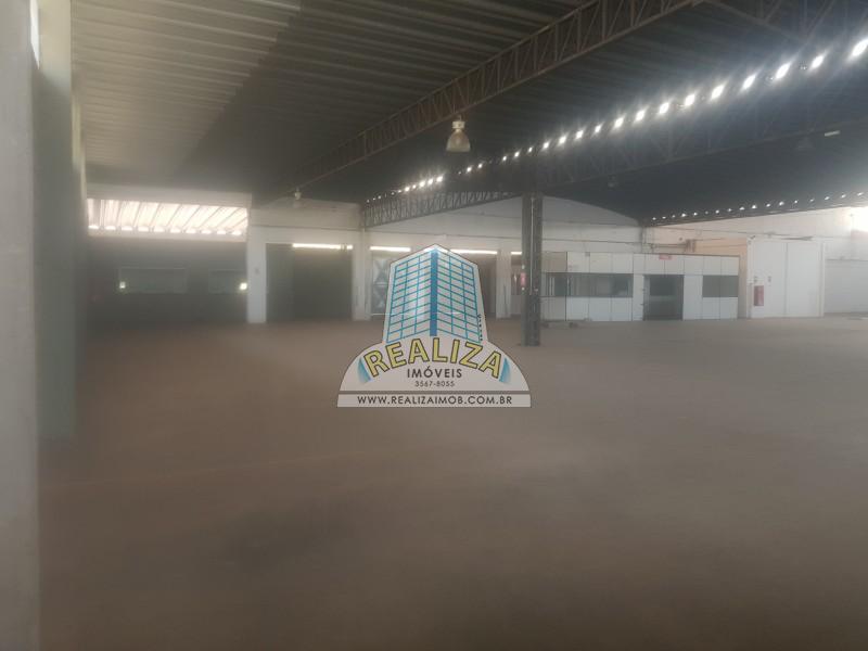 GALPÃO 4.200 M², LOTE 10 MIL M², ÓTIMA LOCALIZAÇÃO