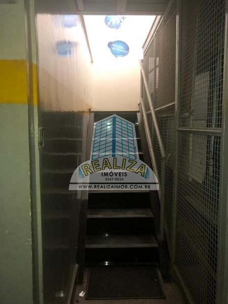 LOJA AMPLA FRENTE PARA PISTA COM 253 m² - SOF SUL QUADRA 3