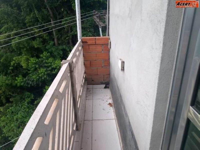 JD VILA RICA  -CASA COM AMPLO ESPAÇO, NO PÉ DA SERRA DA CANTAREIRA