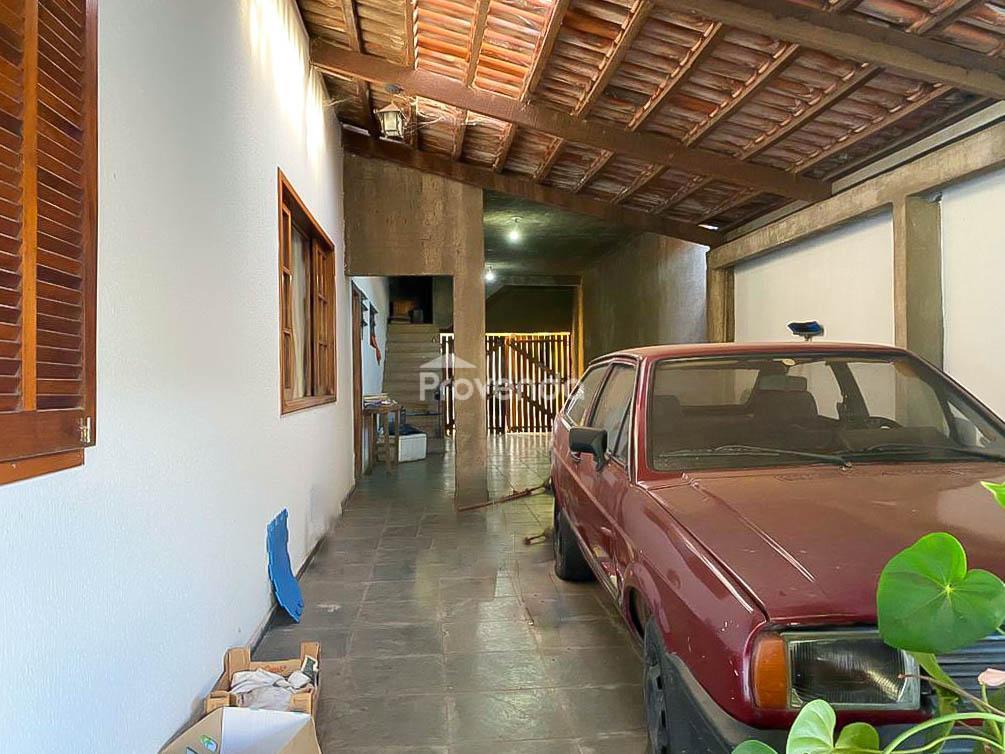 CASA 2 QUARTOS COM SALA COMERCIAL VILA MORAIS