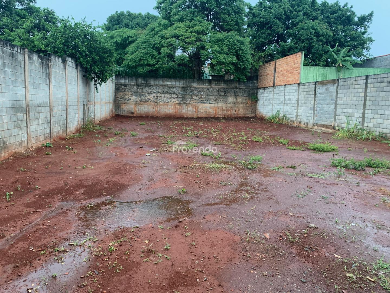 Terreno contendo 446 m²