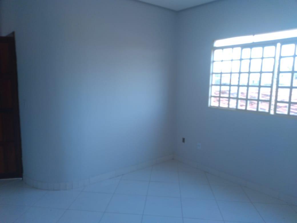 Aluga  se Apartamento - Quadra 603 Sul