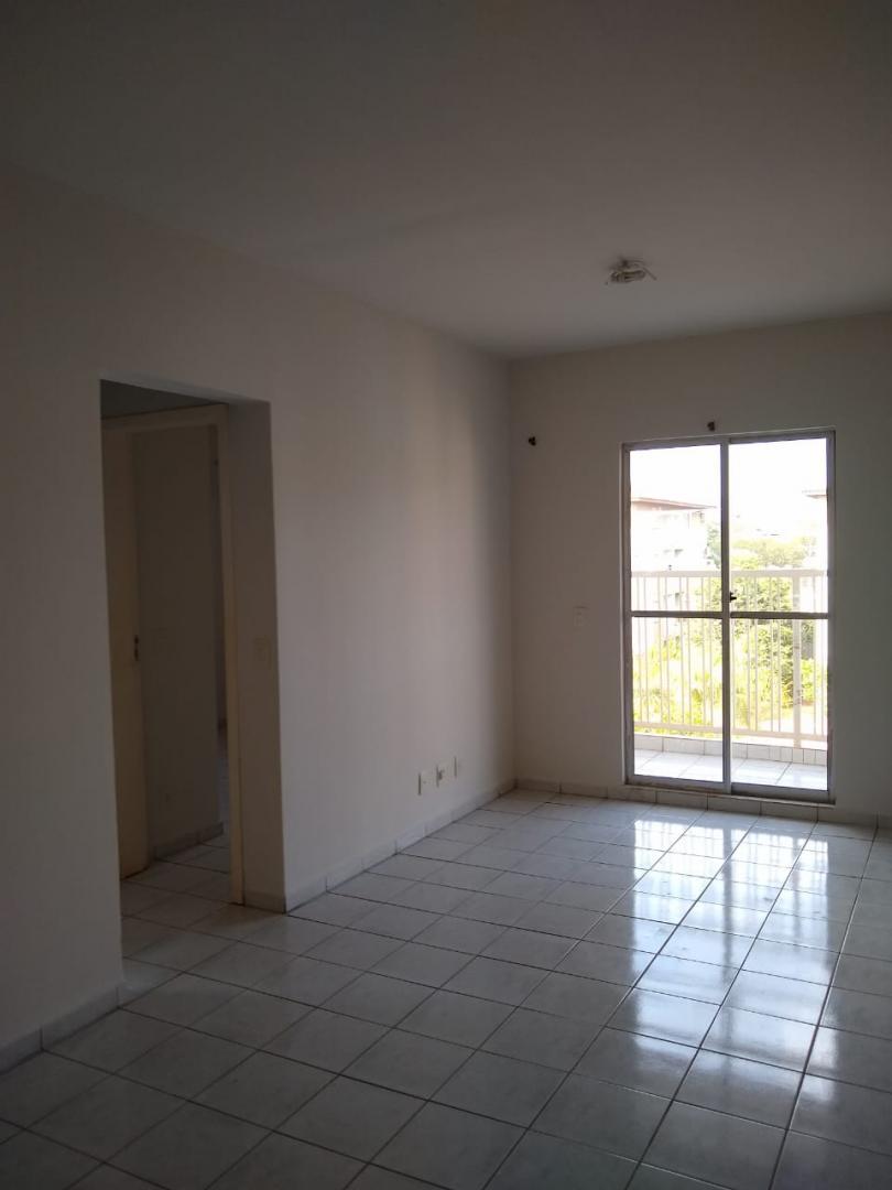 Vende-se Excelente Apartamento na 406 Norte.
