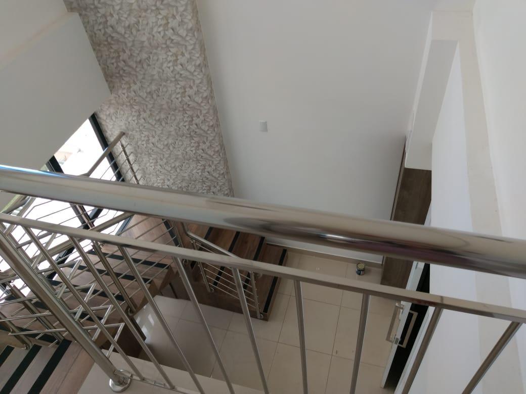 Aluga-se Sala Comercial - EDIFICIO PALMAS BUSINESS CENTER
