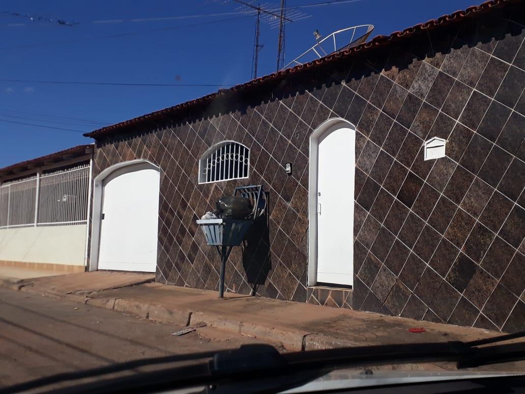 EXCELENTE CASA DE 03 QUARTOS NA QUADRA 02 SETOR OESTE GAMA-DF