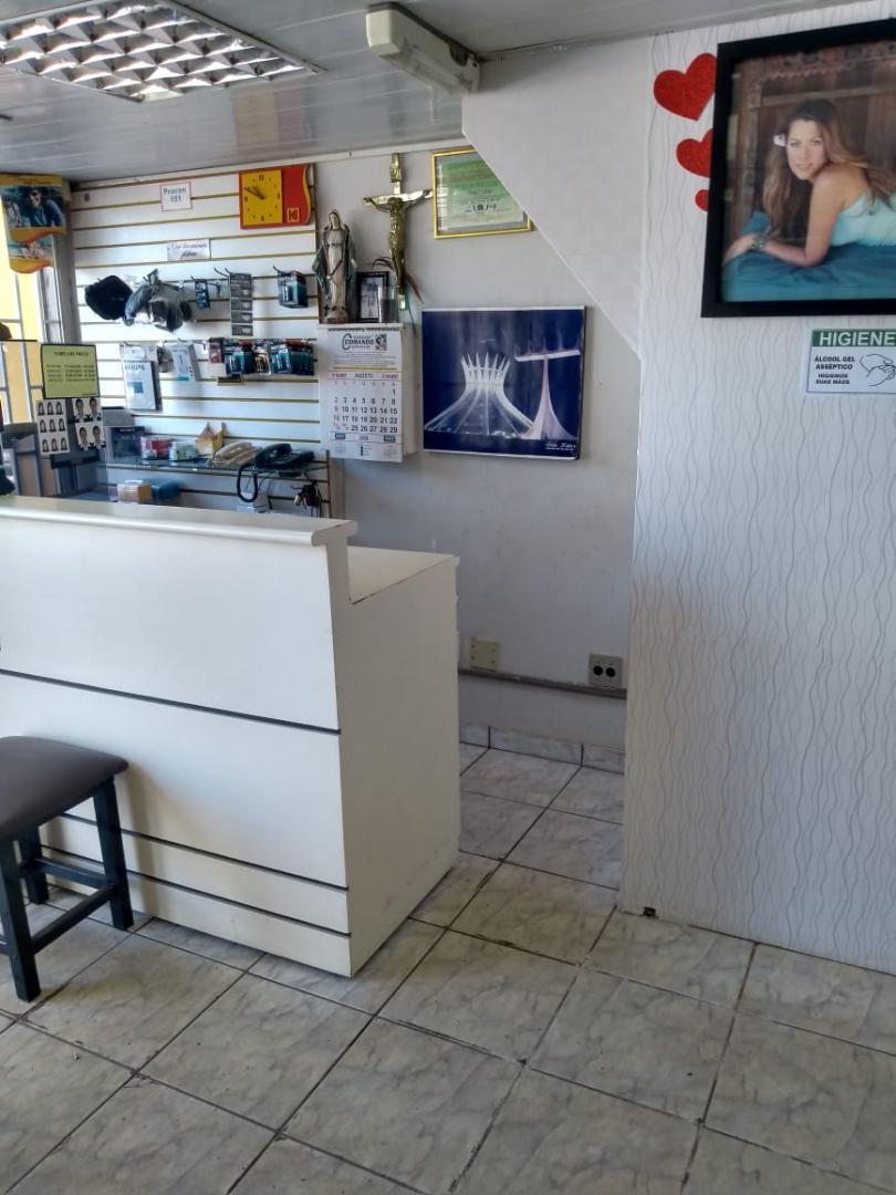 EXCELENTE LOJA COM MEZANINO NO CINE ITAPUÃ GAMA-DF