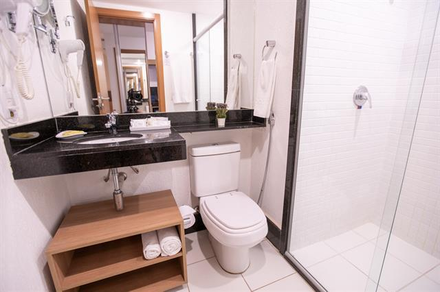 LOCAÇÃO TRIMESTRAL (03 MESES), NO HOTEL ATHOS BULCÃO R$2.900,00!