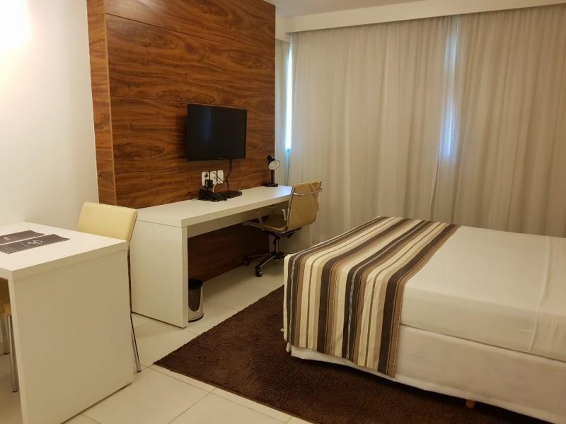 EXCELENTE FLAT À VENDA NO HOTEL VISION DE 28M², NO 7º ANDAR (NASCENTE), POR R$ 310.000,00!!!