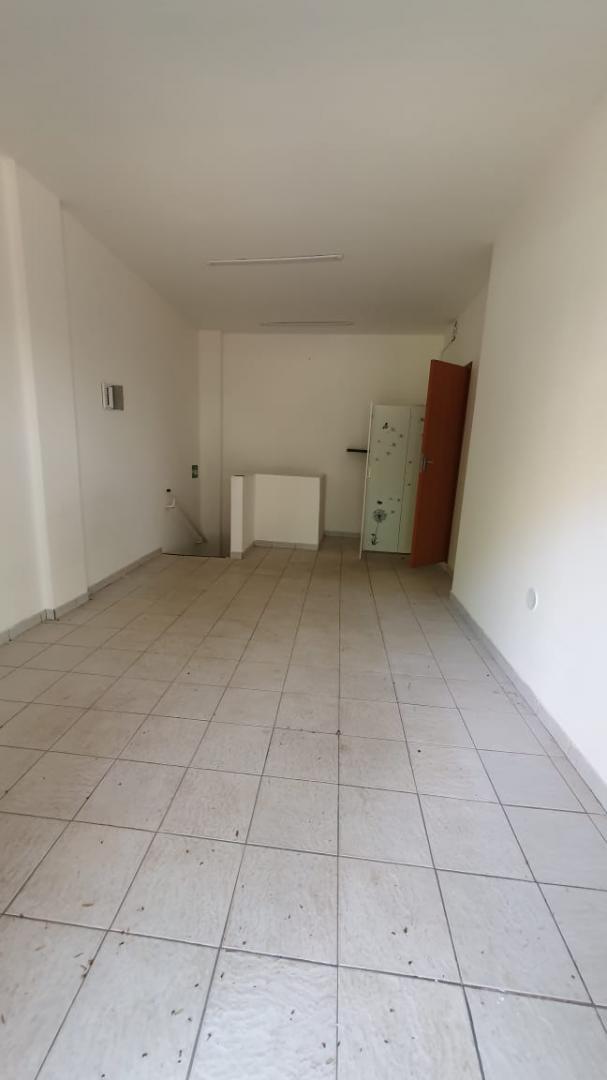 Vendo Loja com Subsolo, 67,96m2, Asa Norte, Brasília DF