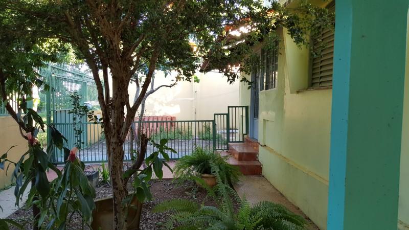 Vendo excelente casa 3 qts com cs de fundo, 2 vagas Sobradinho - Q 11