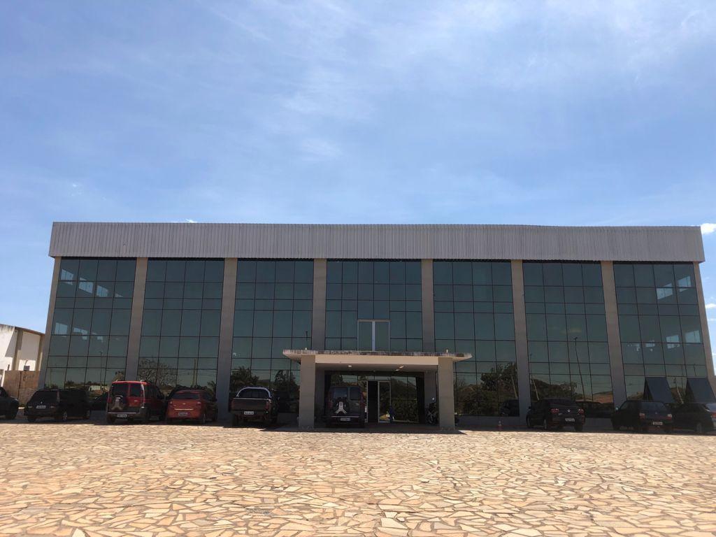 Vendo prédio completo 2.000m², Recanto das Emas, Brasília - DF