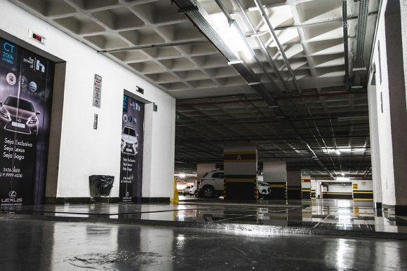 Vendo vaga de garagem no Novo Centro MultiEmpresarial, Setor de Rádio e TV Sul