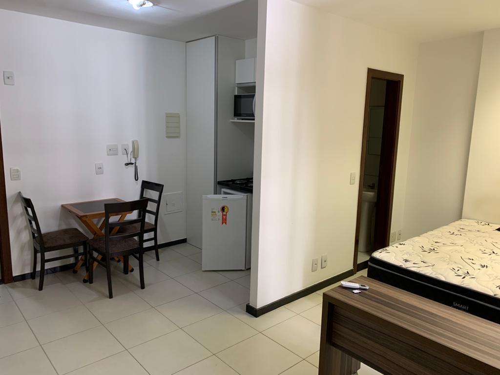 ALUGO KITNET SGCV LOTE 11 BL C ZONA INDUSTRIAL BRASÍLIA-DF