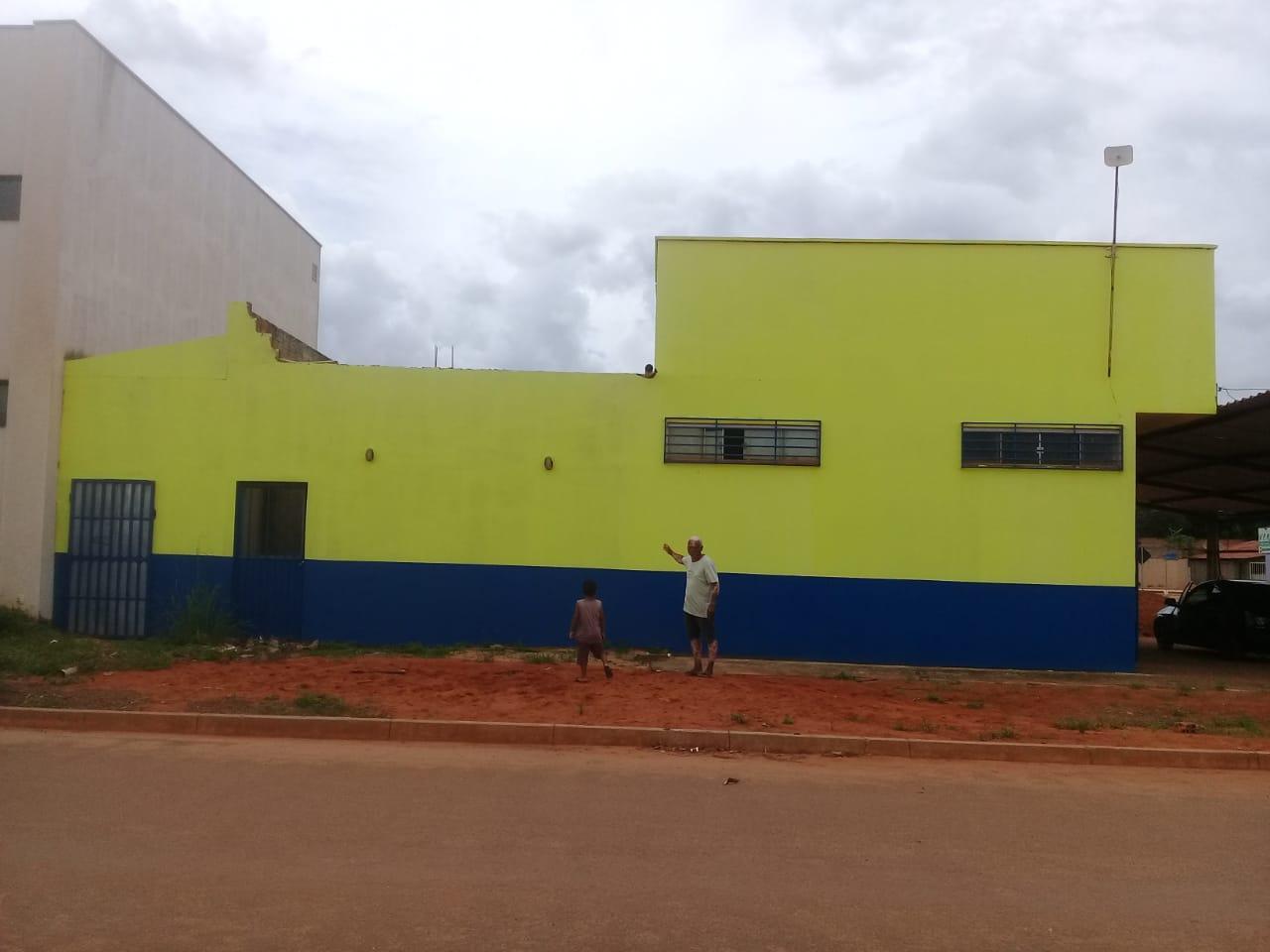ALUGA-SE EM BOM ESTADO GALPÃO EM TAQUARI - QD T 31