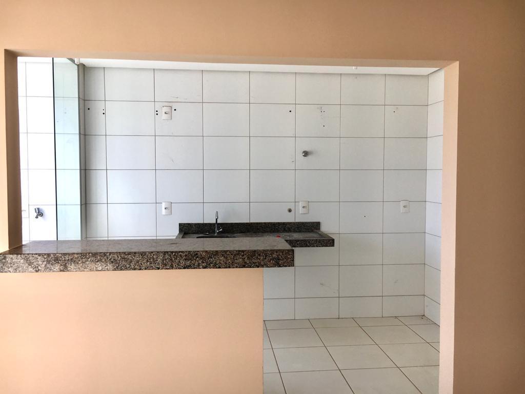 ALUGA-SE EXCELENTE APARTAMENTO - QD 1.204 SUL