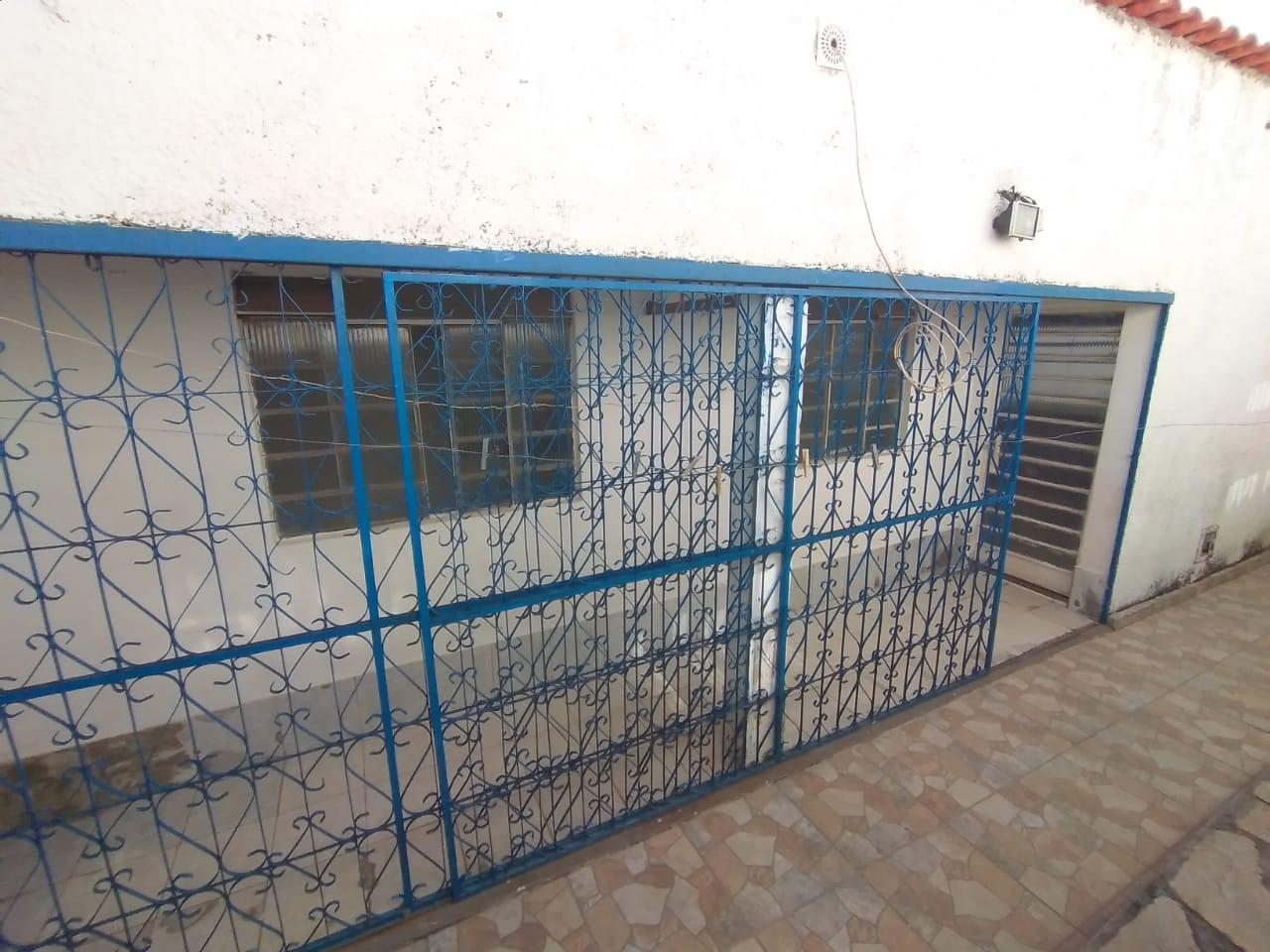 CASA COM 02 RESIDENCIAS NO LOTE NA QUADRA 02 SETOR OESTE GAMA-DF